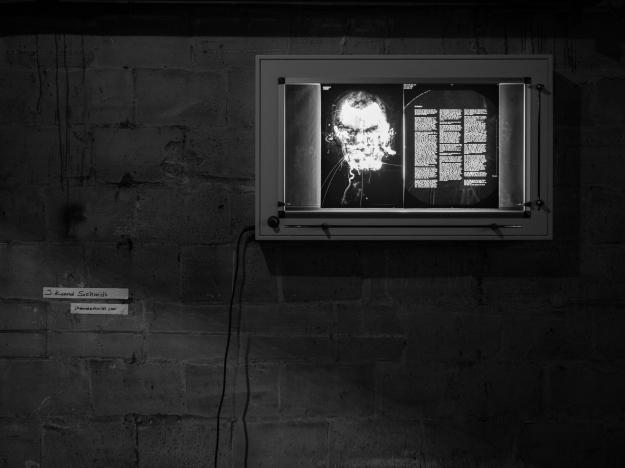 AV - Defekt Exhibition