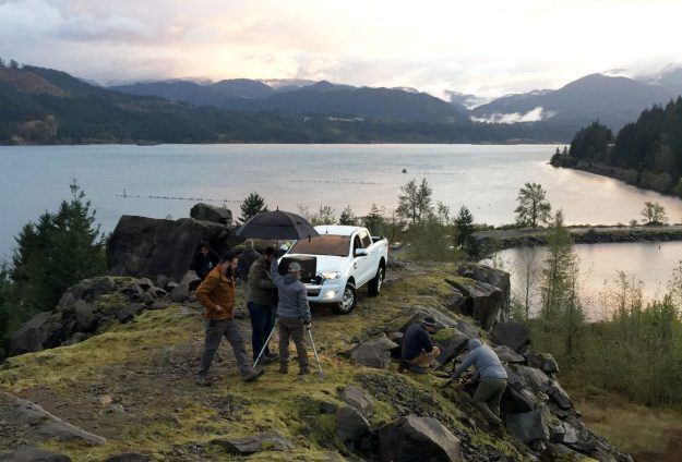 Ford Ranger onset with Recom Farmhouse - lake
